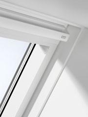 חלון גג לבן