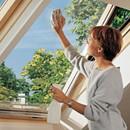 חלון לגג רעפים ציר כפול נקיון חיצוני קל