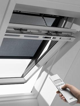 חלון גג חשמלי