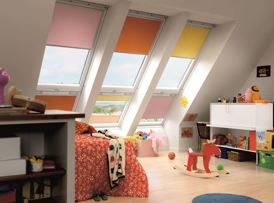 אביזרים ידניים לחלונות גג סקיילייט