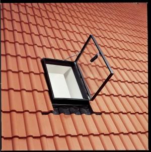 חלון גג יציאה דגם GVT